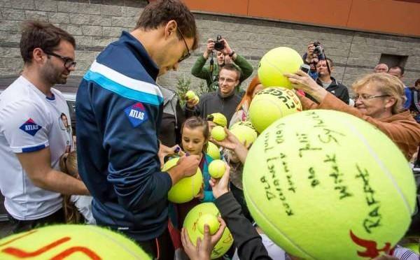 Mistrzowie namawiają rodziców: Podaruj Dzieciom Sport